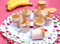 Paletas de Pay de Plátano (Banana Cream Pie Popsicles) - Que Rica Vida