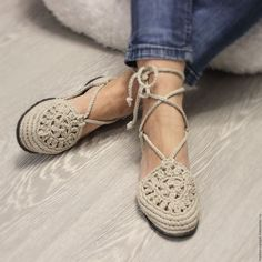 """Master class # """"Secrets of craftsmanship"""" - buy or order in an online shop on Livemaster Crochet Slipper Pattern, Crochet Slippers, Crochet Motif, Crochet Designs, Crochet Stitches, Knit Crochet, Crochet Patterns, Knit Shoes, Sock Shoes"""