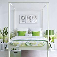 Green and white bedroom   White bedlinen   Image   Housetohome.co.uk