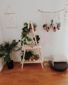 awesome flower rack design ideas to decorate your home interior 00024 ~ Beautiful House Home Decor Bedroom, Diy Home Decor, Bedroom Ideas, Cheap Room Decor, Cheap Rooms, Bedroom Crafts, Budget Bedroom, Ikea Bedroom, Decor Room