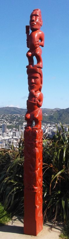 Maori carvings at the top of Mt Victoria. How to be a Tourist in Wellington | Just Popping Out for a Bit