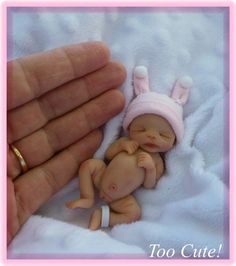Ooak Full Sculpt Adorable Newborn Baby Girl in Hospital Must See Polymer Clay Dolls, Polymer Clay Projects, Little Doll, Little Babies, Mini Bebidas, Realistic Baby Dolls, Baby Fairy, Clay Baby, Tiny Dolls