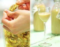 Selbst gemachter Likör aus Werther's Echte darf in keiner Hausbar fehlen. Die Sahnebonbons ergeben mit Wodka einen unglaublich cremigen Drink.