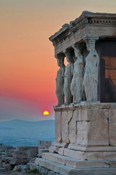 Caryatides, Erechtheion, Acropolis, Athens, Greece