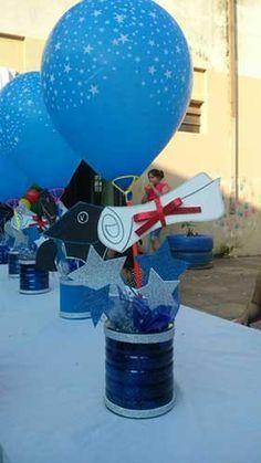 ver decoraciones para graduados en foami - Buscar con Google