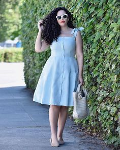 Style, Beauty and Inspiration curated by Tanesha Awasthi, for the unapologetically confident GIRL WITH CURVES. Shirred Dress, Mesh Dress, Belted Dress, Plus Size Dresses, Plus Size Outfits, Nice Dresses, Summer Dresses, Curvy Fashion, Girl Fashion