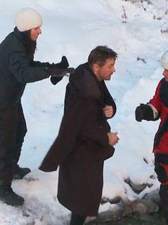 To shoot this scene, the filmmakers did everything they could to keep their lead actor safe in the cold water. The initial plan was to shoot only part of the scene in Canada, with Renner in a full wet suit and in the cold water only up to his waist. However, just before rolling, Renner removed the wet suit's top. As cameras rolled in below-freezing temperatures, a bare-chested Renner dunked himself into the icy