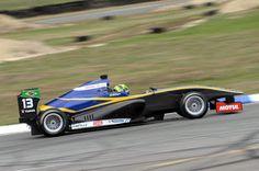 #Brasil: Toyota Racing Series: Brasileiros continuam evolui...