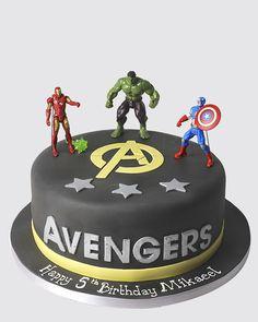 AVENGERS CAKE SP4624 - Panari Cakes