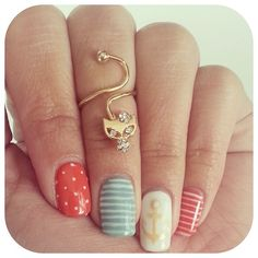 Finger accessories to complement great nailart! Smart!
