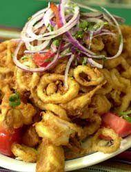 Jalea ,Peruvian Food Peruvian Dishes, Peruvian Cuisine, Peruvian Recipes, Latin American Food, Latin Food, Dinner Sides, Dinner Menu, Seafood Recipes, Cooking Recipes