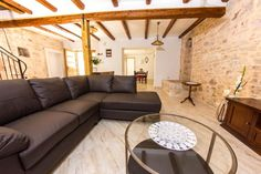 3 Bedroom Home in Liznjan to rent from £356 pw. With balcony/terrace, air con, Telephone and TV.