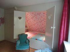 Enhancing Your Bedroom with Bunk Beds Bedroom Green, Home Bedroom, Kids Bedroom, Bunk Beds Built In, Kids Bunk Beds, Spare Room, My Room, Sharing Bed, Hidden Rooms