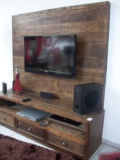 Pin by gonawa on pallet tv console ideas состаренная мебель, Unique Tv Stands, Muebles Living, Pallet Tv, Diy Entertainment Center, Entertainment System, Pallet Furniture, Tv Furniture, Home Projects, Pallet Projects