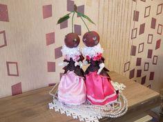 Кукла интерьерная, текстильная - Графини Вишенки, ручная работа. Рост кукол 33 см, стоят и сидят самостоятельно.  Одежда не снимается. Цена 5000 руб. плюс почта. Оплата на карту Сбербанка. Отправка почтой России handmade gifts  handmade gifts for kids куклы ручной работы  куклы ручной работы текстильные интерьерные куклы  подарки своими руками