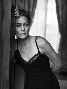 Robin Wright, Paris, France, 2010 by Peter Lindbergh Foto Portrait, Female Portrait, Portrait Photography, Fashion Photography, Glamour Photography, People Photography, Lifestyle Photography, Editorial Photography, Peter Lindbergh