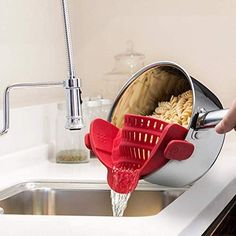 Kitchen Gizmo Snap N Strain Strainer, Clip On Silicone Colander, Fits All Pots and Bowls –– Red Magnetic Screen Door, Kitchen Strainer, Mops And Brooms, Dehumidifiers, Mesh Laundry Bags, Kitchen Cabinet Organization, Oven Glove, Kitchen Aid Mixer