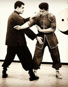 Bruce and Taky Kimura - Jun Fan Gung Fu Institute, Seattle Indian Martial Arts, Chinese Martial Arts, Mixed Martial Arts, Bruce Lee Chuck Norris, Bruce Lee Training, Marshal Arts, Jeet Kune Do, Art Of Fighting, The Big Boss