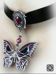 Jewelry Gothic nice Death's Head Butterfly Choker by Alchemy Gothic Cute Jewelry, Jewelry Box, Jewelery, Jewelry Accessories, Jewelry Necklaces, Fantasy Jewelry, Gothic Jewelry, Crystal Jewelry, Silver Jewelry