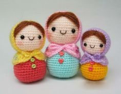 Wouldn't these Amigurumi dolls be great decoration?!