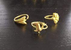 Silver Earrings, Stud Earrings, Jewelry Art, Heart Ring, Gold Rings, Pendants, Stud Earring, Hang Tags, Heart Rings
