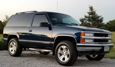 Chevrolet Tahoe, Chevrolet Trucks, Gm Trucks, Pickup Trucks, Off Road Wagon, 2 Door Tahoe, Square Body, Car Stuff, Hot Cars