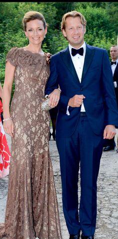 Princess Aimée of Orange Nassau  in Addy van den Krommenacker Couture at wedding prince Alexander van Isenburg.