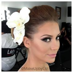 Glammed up the beautiful bride!  Instagram: MakeUpbyLilit