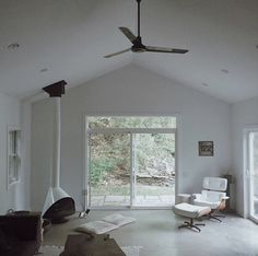 Placoplatre Decoration Salon. Le Plafond Moderne Dans La Chambre ...