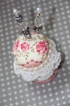 Altered Shabby Mini Pin Cushion