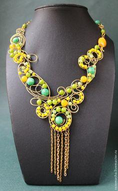 Купить Колье Весеннее Равноденствие - желтый, зеленый, весеннее, весна, колье, бусы, wire wrap