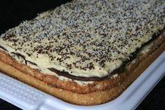 Prajitura FANTEZIE – simpla, rapida si delicioasa Romanian Desserts, Romanian Food, Almond Flour Biscuits, Diy Food, No Bake Cake, Hot Dog Buns, Cake Recipes, Sweet Tooth, Bakery