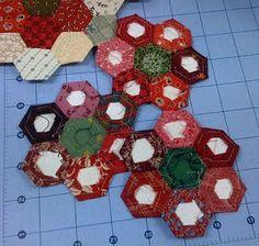 epp Engilsh Paper Piecing hexagons quilt tutorial by Bonnie Hunter