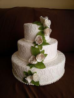 Bolo decorado - Branco com flores