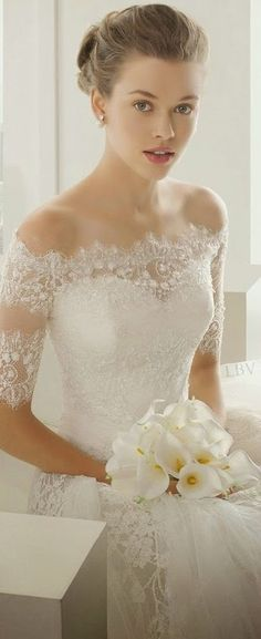 Would love a dress with shoulders and sleeves like this.