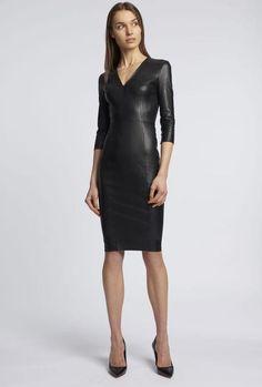Eastern Dresses, Leder Outfits, How To Hem Pants, Vintage Leather Jacket, Latex Dress, Leather Dresses, Elegant Outfit, Celebrity Dresses, Sexy Dresses
