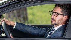 Occhiale da vista personalizzabile ogni giorno con una semplice Klip. Abbina l'occhiale al tuo look e crea il tuo stile #occhialipersonalizzabili