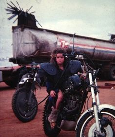 Emil Minty behind the scenes on #MadMax 2 (1981).