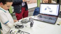 Un ingénieur colombien invente une prothèse en Lego #fle #APFrench
