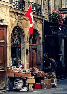Latin Quarter, rue de la Parcheminerie ~ Paris V (The Canadian flag tells me it must be the Abbey Bookstore! Paris Travel, France Travel, Rue Mouffetard, Paris By Night, Latin Quarter, I Love Paris, Paris France, Versailles, Places To Go