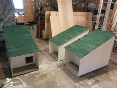 Pet DIY Shelter House Cat Feral Cat Shelter, Feral Cat House, Outdoor Cat Shelter, Cat House Diy, Outdoor Cats, Feral Cats, Animal Shelter, Ikea Hacks For Cats, Cat Shelters For Winter