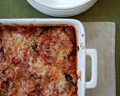 Mediterranean Diet No-Fuss Eggplant Parm recipe from The 17 Day Diet Cookbook. uses ground turkey, oregano, fennel Cookbook Recipes, Paleo Recipes, Low Carb Recipes, Cooking Recipes, Bariatric Recipes, Easy Recipes, 17 Day Diet, Classic Italian Dishes, Healthy Foods To Eat