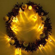 Halloween craft tutorial - make a glowing eyeball wreath