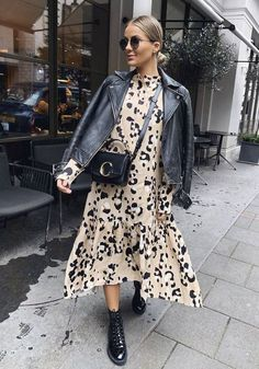 "Kleid mit Lederjacke - Leo Kleid ""Leo Kleid You are in the right place about trends hack Here we offer you the most bea - Fashion Mode, Fashion 2020, Modest Fashion, Look Fashion, Spring Fashion, Fashion Beauty, Autumn Fashion, Classic Fashion, Maternity Fashion"