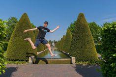 Весёлые прыжки). #прыжок #весело #keukenhof by andrei_zvezda