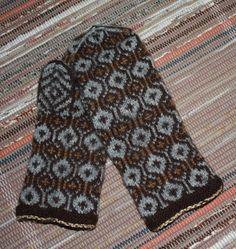 Fair Isle Knitting, Knitting Yarn, Knitting Patterns, Knitting Accessories, Winter Accessories, Knitted Hats, Fair Isles, Ravelry, Knit Patterns