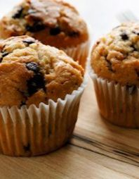 Best-Ever Banana Chocolate Chip Muffins Recipe: Only 100 CALORIES! | via @SparkPeople
