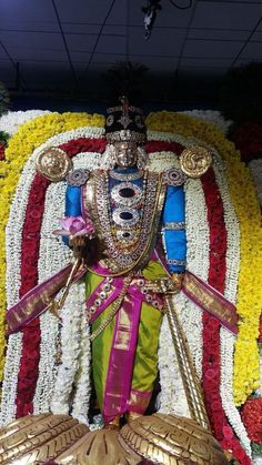 Guruvayurappan Motivational Speeches, Durga Goddess, Indian Gods, Shiva, 4th Of July Wreath, Wreaths, Home Decor, Decoration Home, Pep Talks