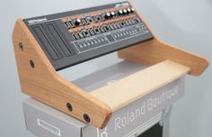 SOLID OAK DUAL ROLAND BOUTIQUE JX03 JU06 JP08 SYNTH 2 TIER STAND in Musical Instruments, Pro Audio Equipment, Synthesisers & Sound Modules | eBay