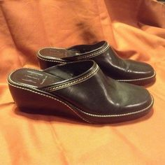 SOLD!! Women Ladies Cole Haan Black Leather Mules Slides Slip Ons Wedges Shoes SZ 9  #ColeHaan #Slides #Casual